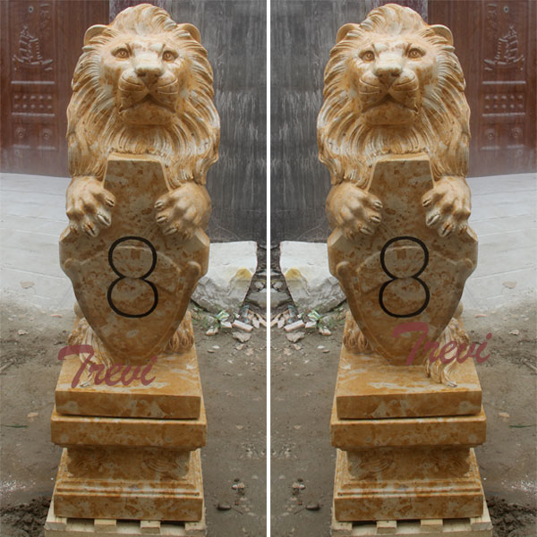 Outdoor sitting lion with shield garden statue for driveway TMA-30