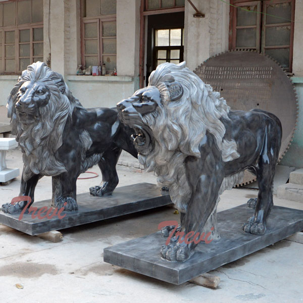 Pair of standing black lions statue in front of house TMA-03
